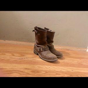 Frye 8r Engineer boots